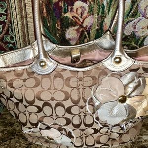 Coach Poppy Bleeker Floral Tote